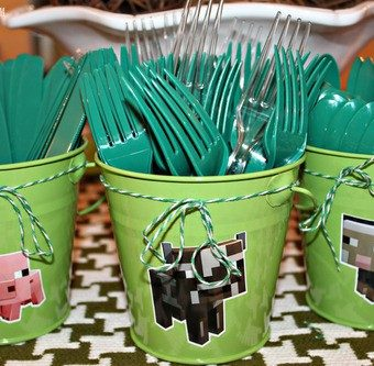 Minecraft Birthday Party & Recipe