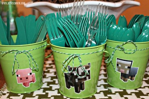 Minecraft Birthday Party & Recipe