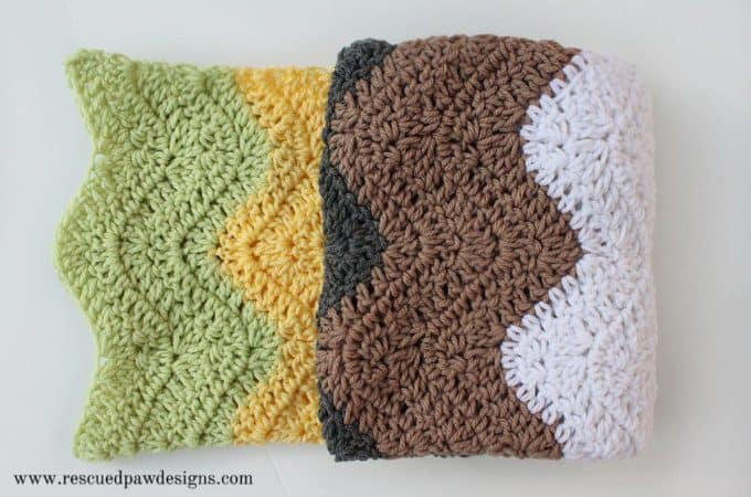 Modern Ripple Blanket by Rescued Paw Designs. Free Crochet Pattern for a Baby Blanket found at rescuedpawdesigns.com