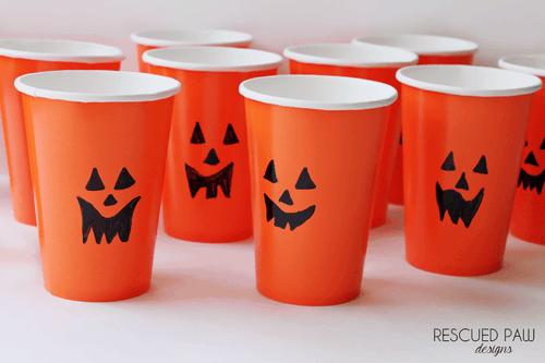 Quick Halloween Pumpkin Treat Cups