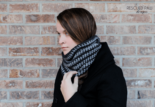 Simple Crochet Striped Scarf