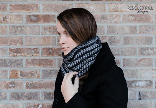 Simple Crochet Striped Scarf