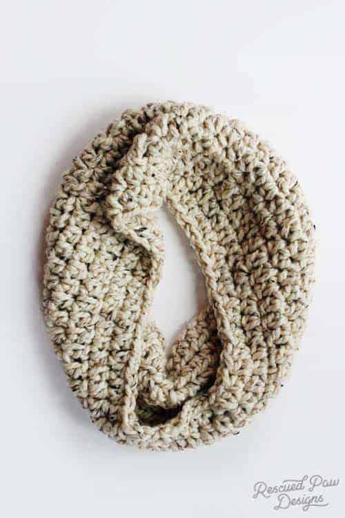 Chunky Crochet Cowl Scarf Pattern FREE!