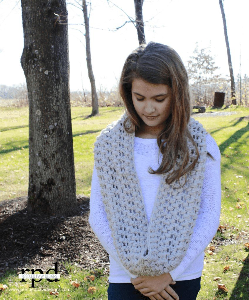 Criss Cross Puff Crochet Scarf :: Free Pattern by Easy Crochet