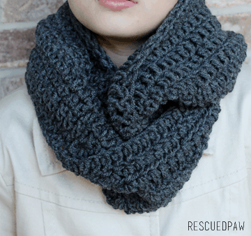 5 Easy Beginner Crochet Scarf Patterns