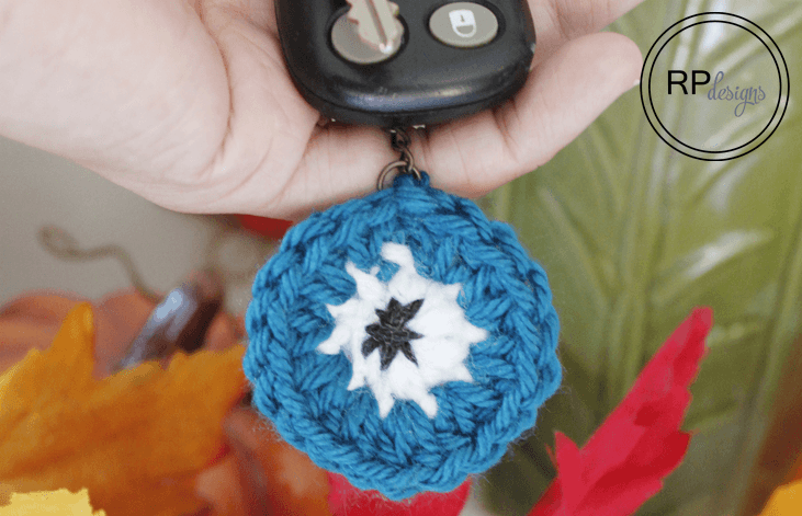 Halloween Monster Eye Crochet Key Chain - Free Pattern by Easy Crochet