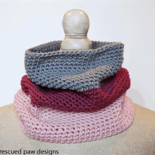 Colorblocked Crochet Cowl Pattern