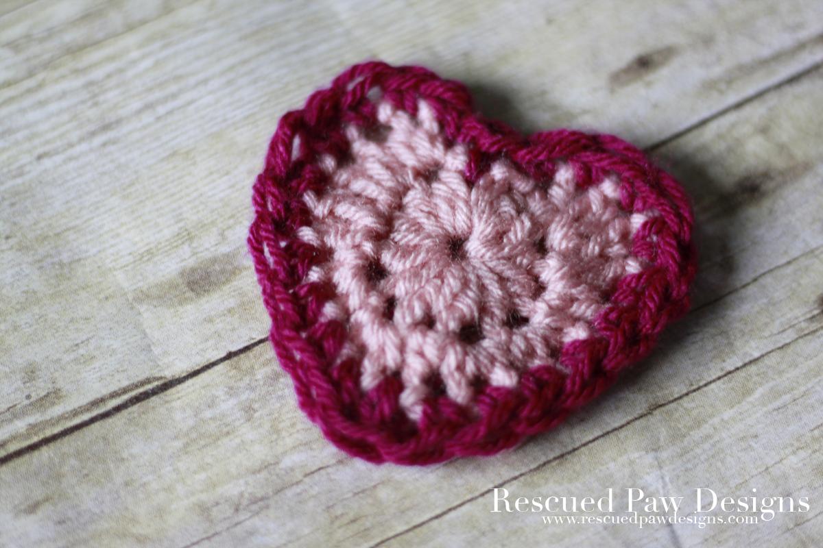 Valentine's Day Crochet Heart Pattern by Rescued Paw Designs #free #crochetpattern #heart