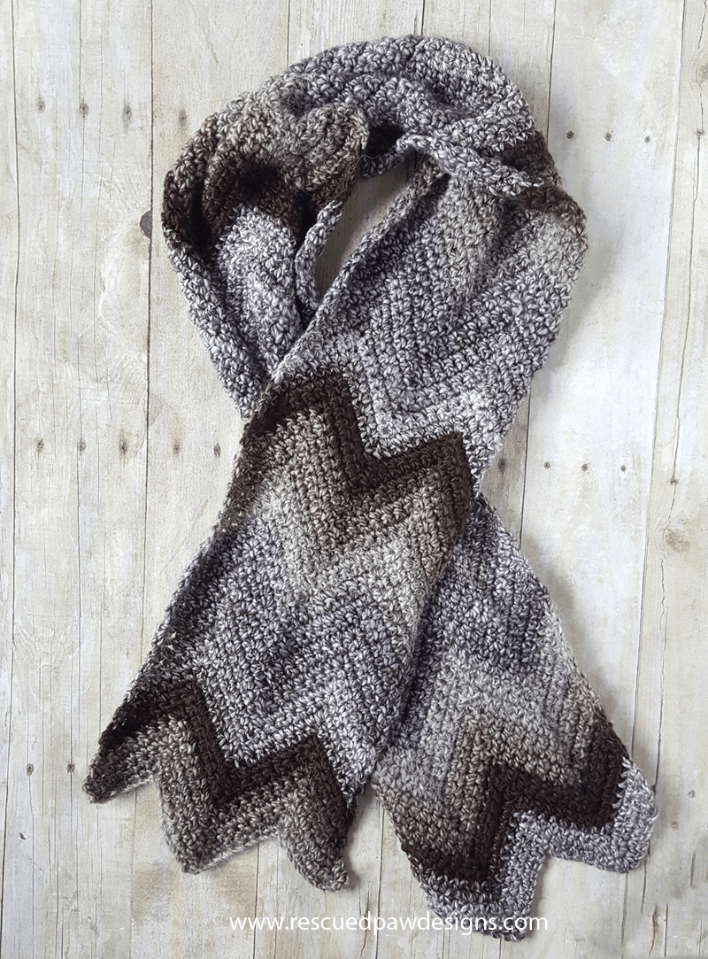 Free Crochet Scarf Pattern using the Chevron Stitch