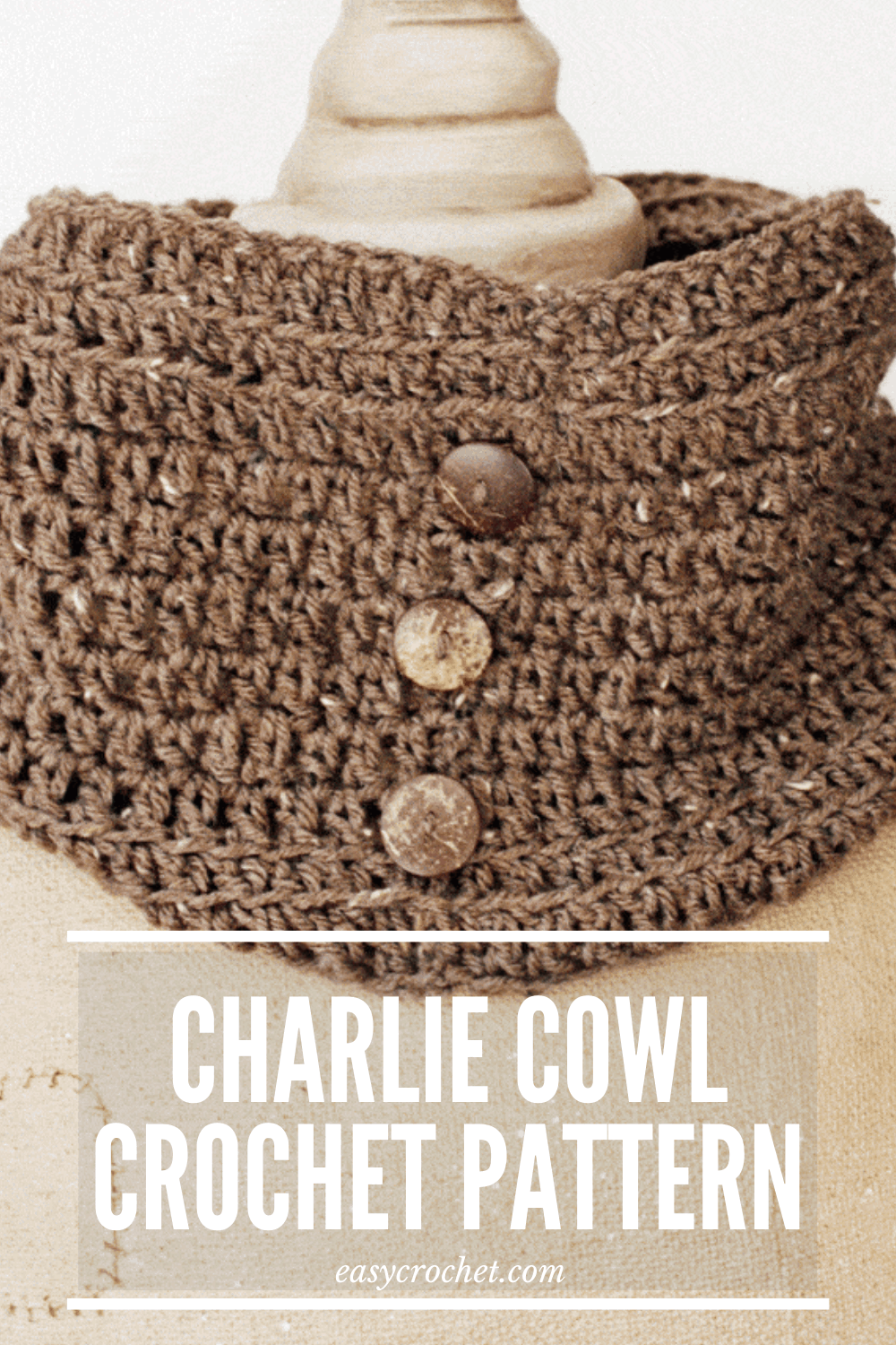 Make this Simple Button Cowl with this absolutely FREE crochet pattern today! I will show you how to crochet this easy cowl with a step by step pattern! Click to Make now or PIN to save for later! easycrochet.com via @easycrochetcom