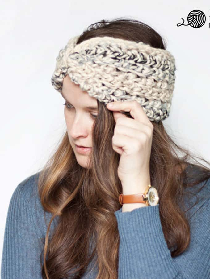 Easy Ear Warmer Crochet Pattern