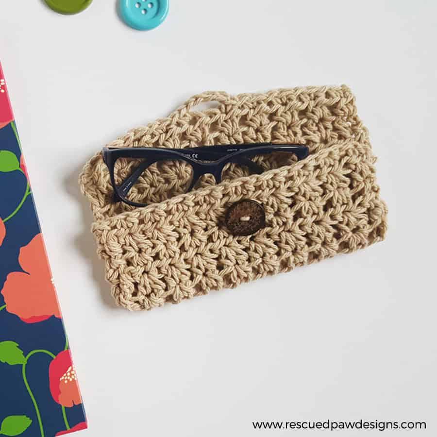 crochet reading glasses case