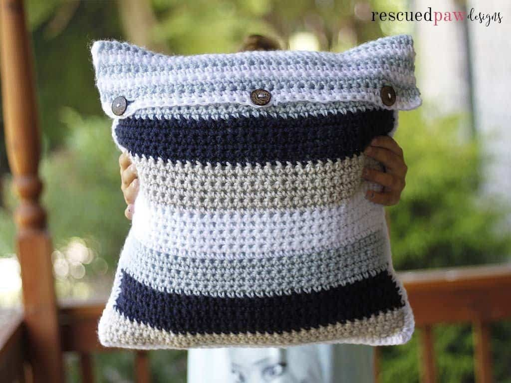 Striped crochet pillow cover free crochet pillow pattern ive always loved decorating my couches and chairs with pillows you might remember the crochet square pillow design i made from last year too dt1010fo