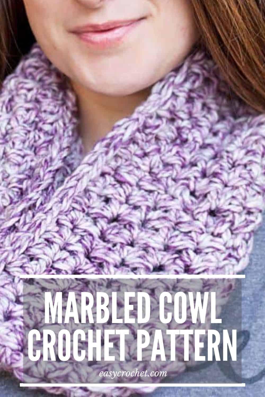 Marbled Dusk Crochet Cowl Pattern - Beginner-Friendly with written and video tutorial via @easycrochetcom