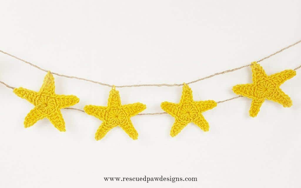 Crochet Star Garland - Rescued Paw Desgins