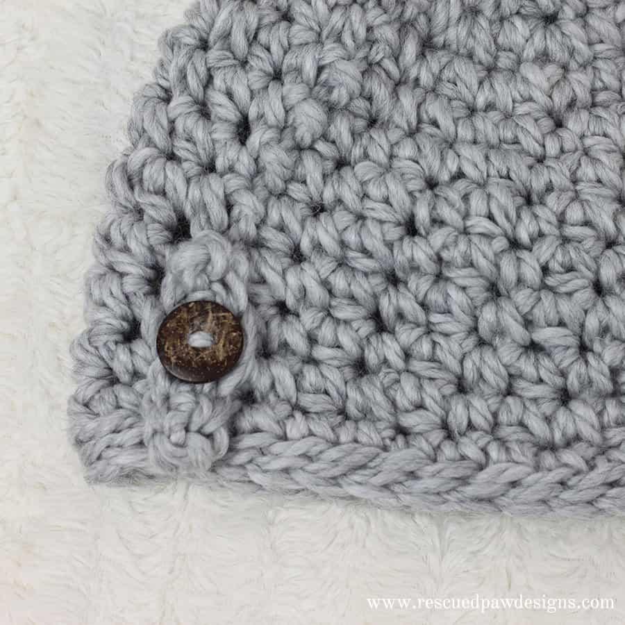 Free Messy Bun Beanie Crochet Pattern