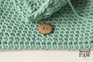 How to attach button crochet