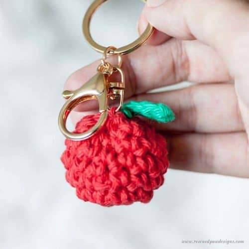 Free Crochet Apple Pattern & Keychain