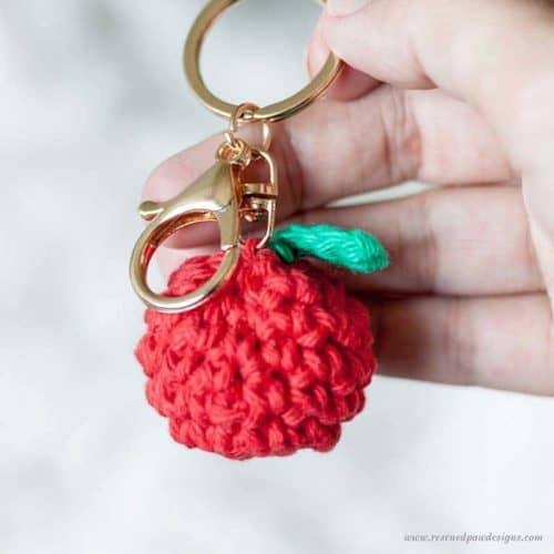 Free Crochet Apple Pattern & Keychain