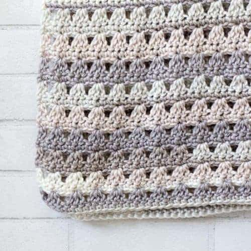 Alissa Easy Crochet Throw Blanket