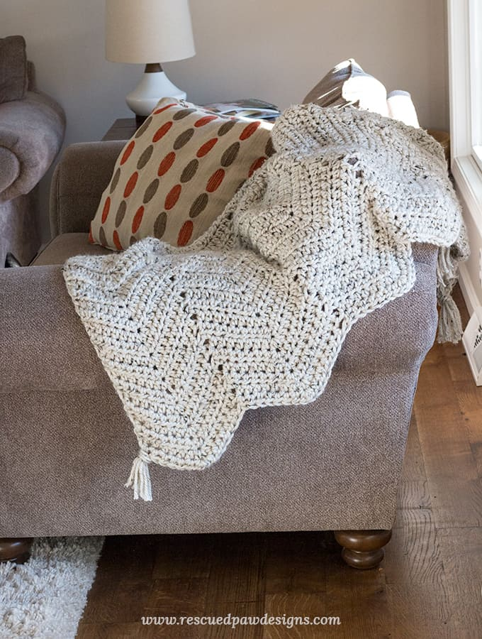 Chunky Chevron Crochet Blanket Pattern