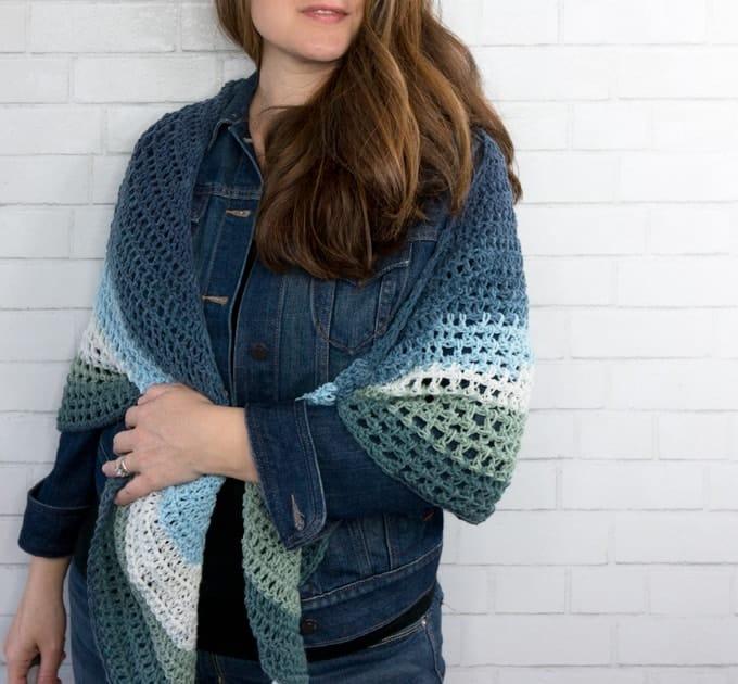 Crochet Triangle Wrap Pattern - Easy Crochet Shawl Pattern