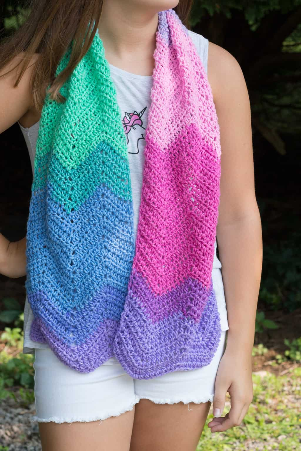 How to crochet a unicorn scarf