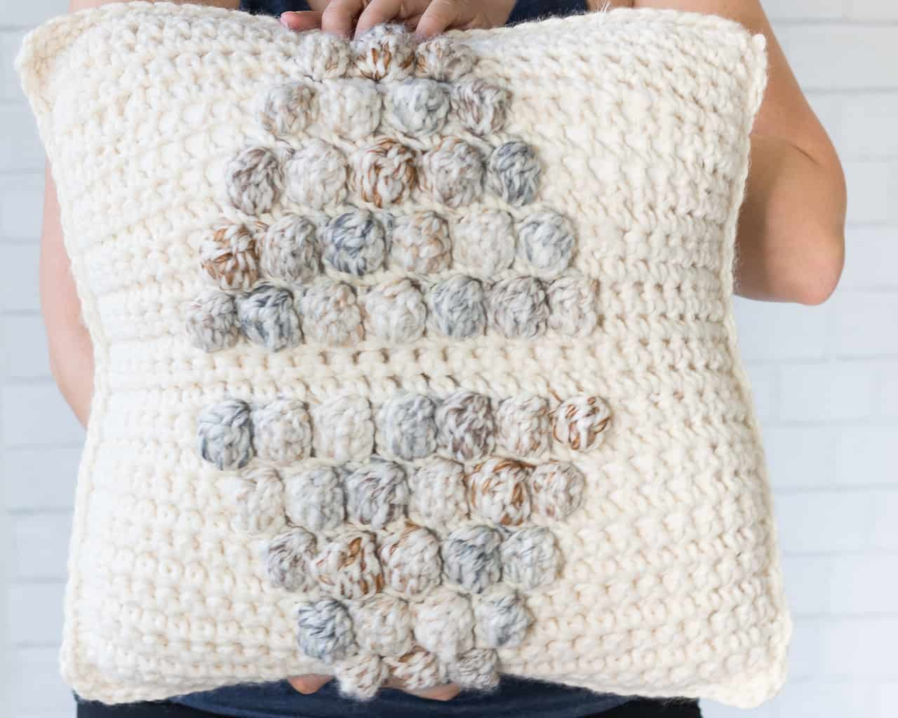 PIllow Cover Crochet Pattern using the Bobble Stitch