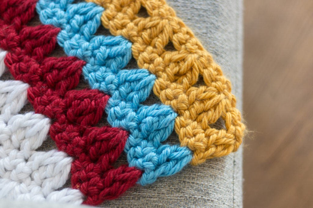 Crochet Striped throw Blanket Pattern