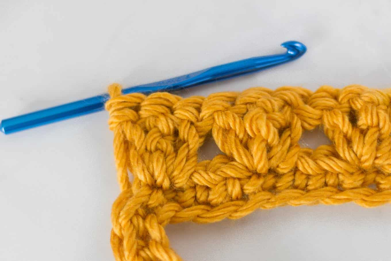 willow crochet throw blanket stitch detail