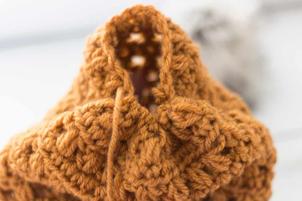 How to Close a Crochet Hat