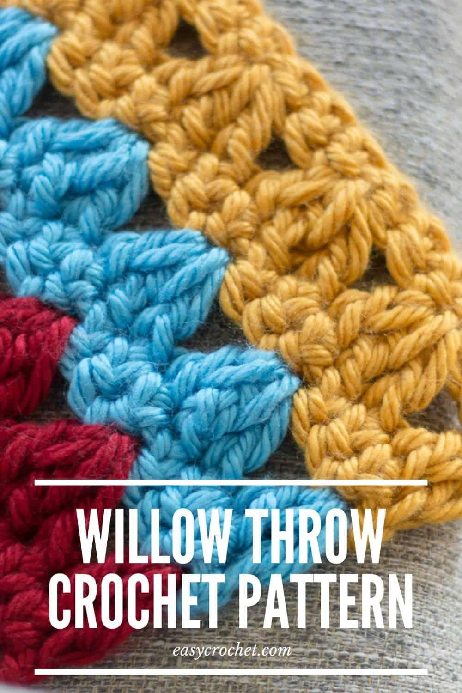 Willow Chair Crochet Throw Blanket Pattern via @easycrochetcom