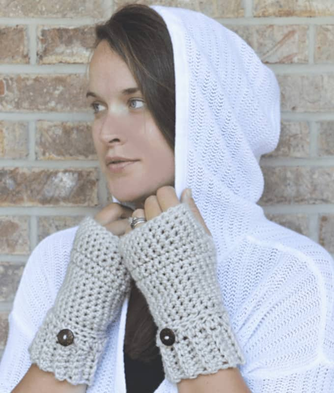 Fingerless Crochet Gloves with Buttons