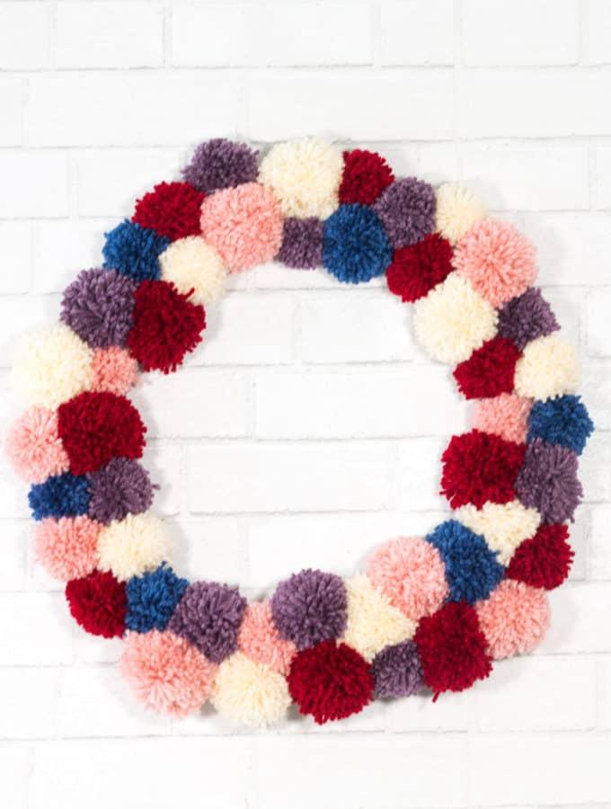 Pom Pom Wreath Tutorial