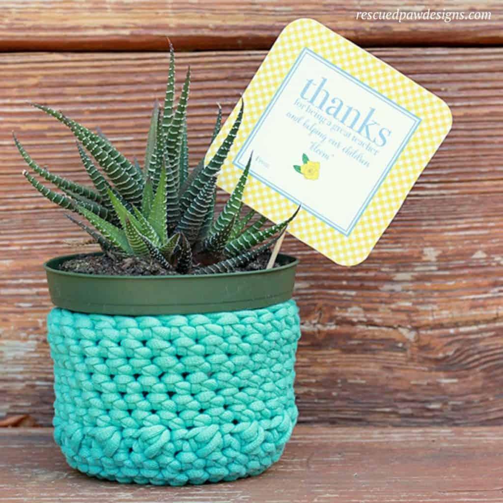 Free Plant Holder Crochet Pattern