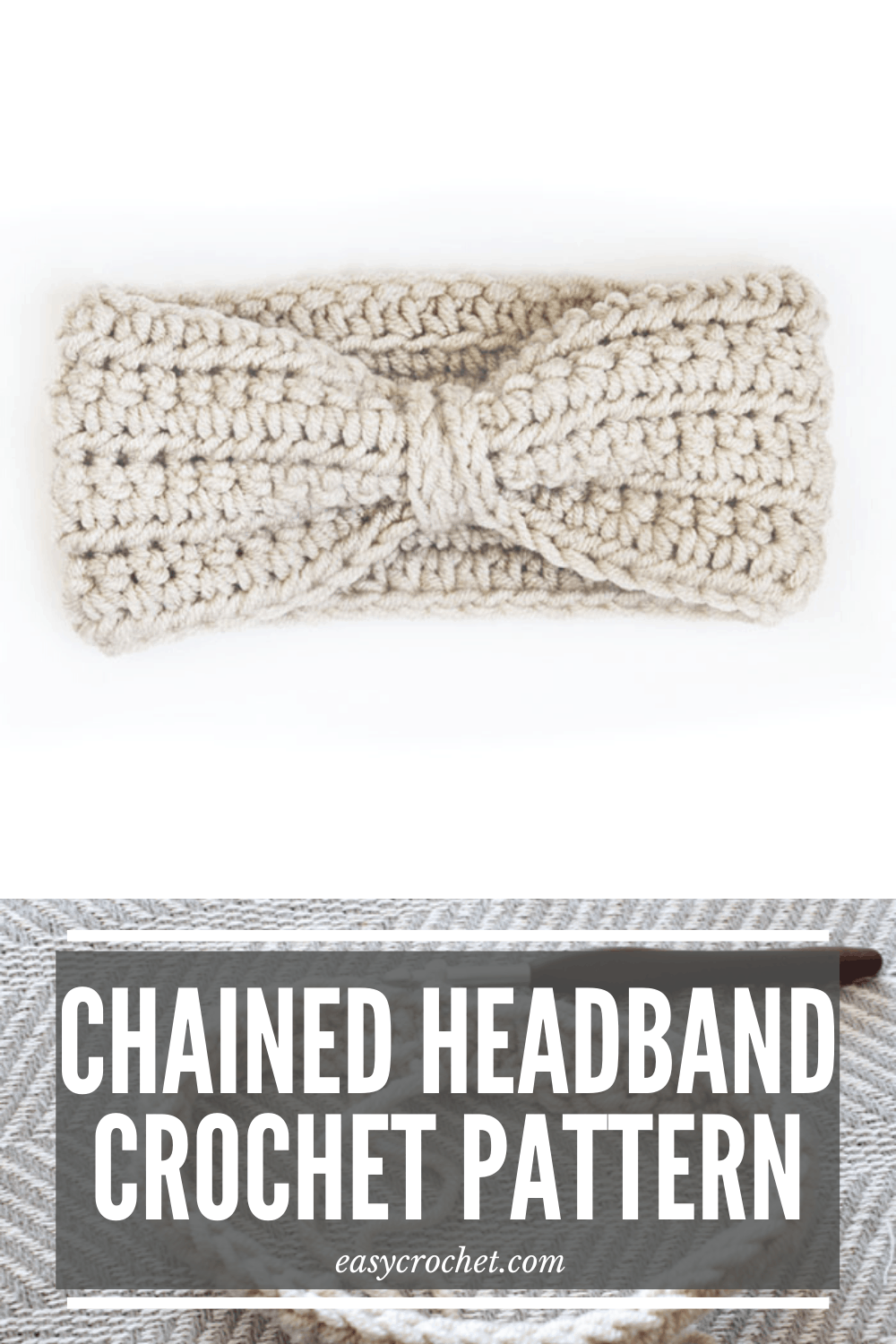 Free crochet ear warmer crochet pattern for an easy to crochet headband. Find this free crochet pattern at easycrochet.com via @easycrochetcom