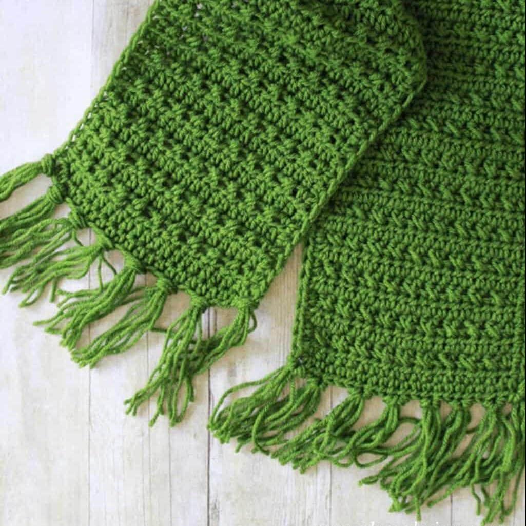 Fringe Scarf Crochet Pattern For Fall - Easycrochet.Com - Crochet Scarf
