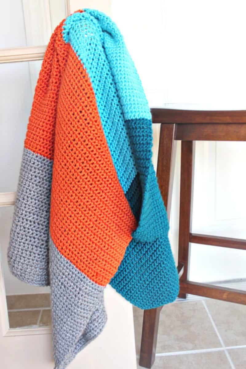 ColorBlocked Baby Blanket to crochet