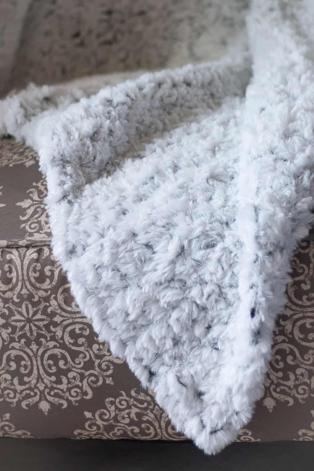 Go for Faux Crochet Blanket