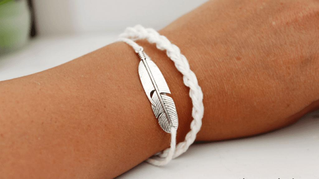 crochet feather bracelet pattern