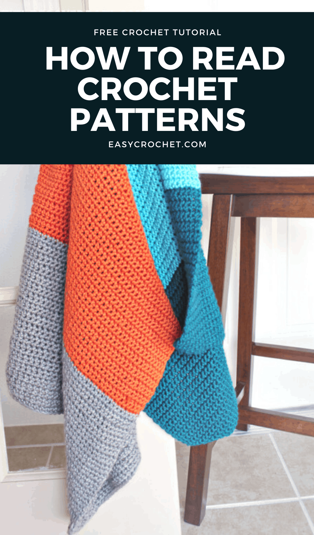 Learn how to read crochet patterns for beginners. Broken down step by step so you can start crocheting right away! via @easycrochetcom