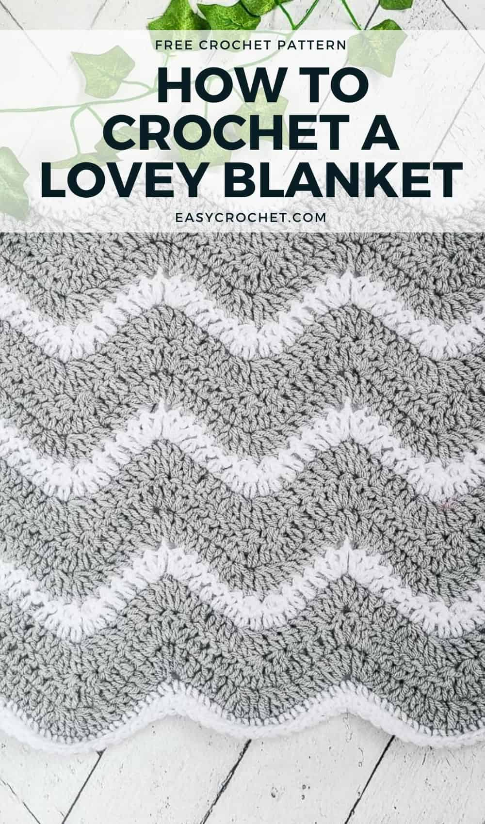 Free Lovey Crochet Blanket Pattern for a baby - Quick & easy baby blanket pattern that makes a great baby shower gift! via @easycrochetcom
