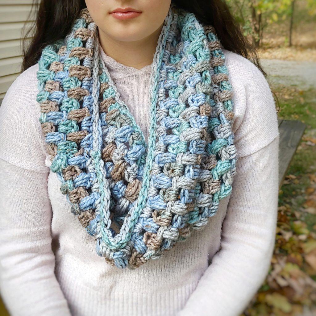 crochet puff stitch cowl scarf