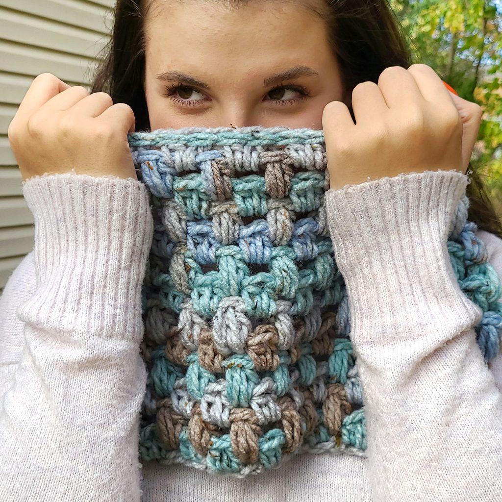 puff stitch cowl crochet pattern