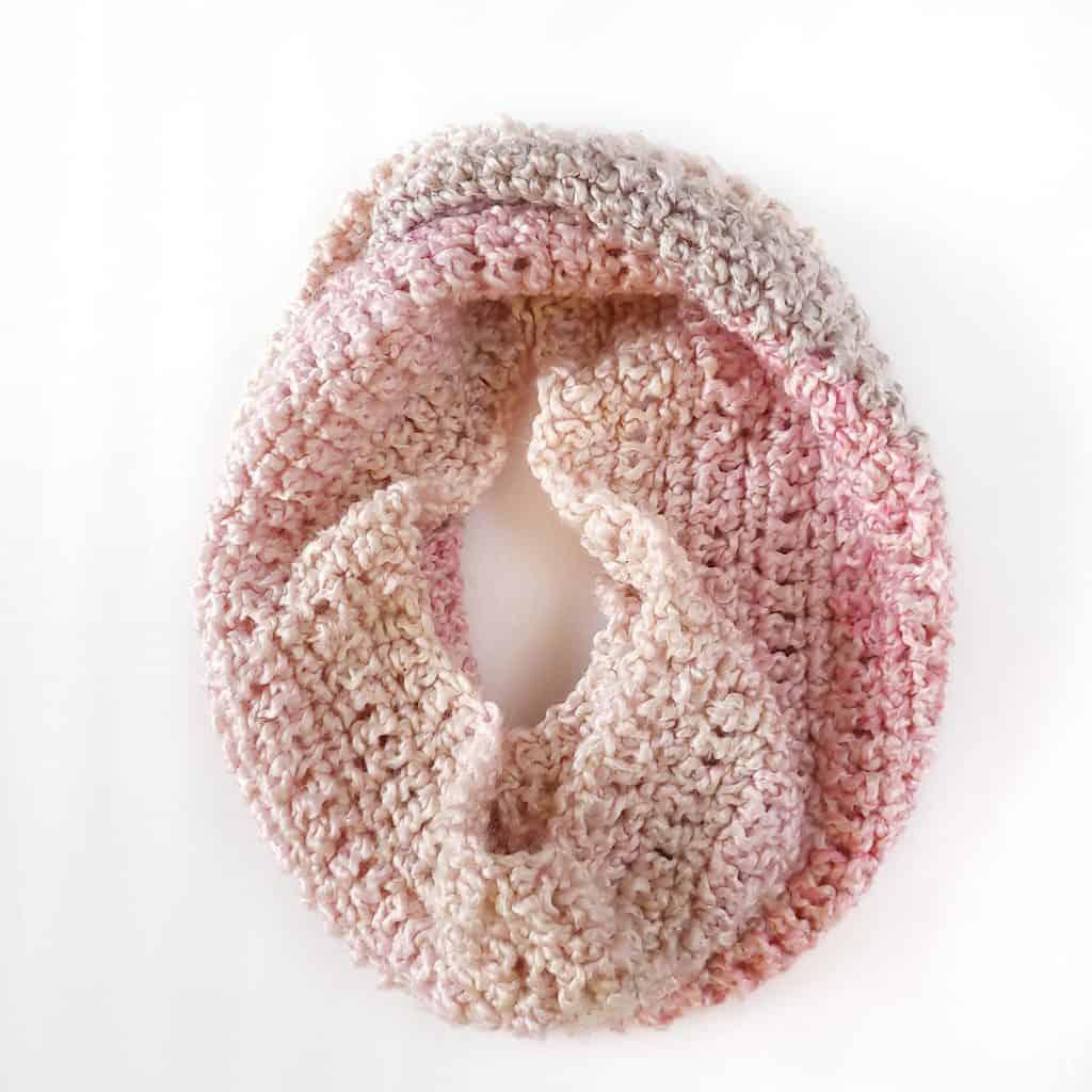 Ombre neckwarmer crochet cowl pattern