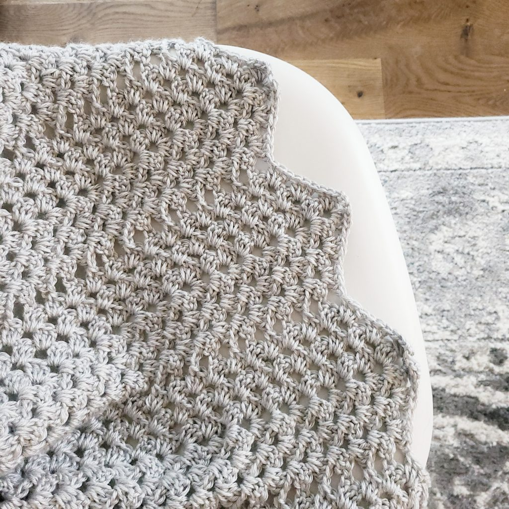 up close of a granny ripple crochet pattern