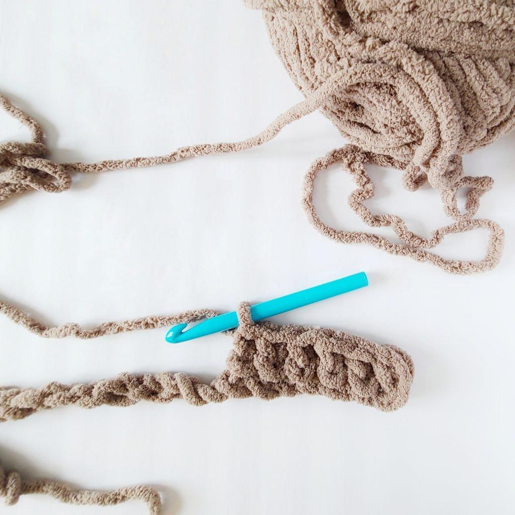 Bernat blanket extra yarn crochet stitches