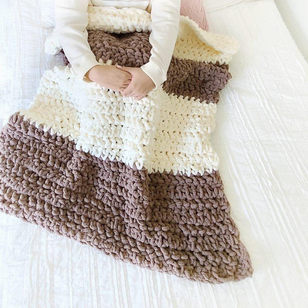 Crochet Weighted Blanket Using Bernat Blanket Extra Easycrochet Com