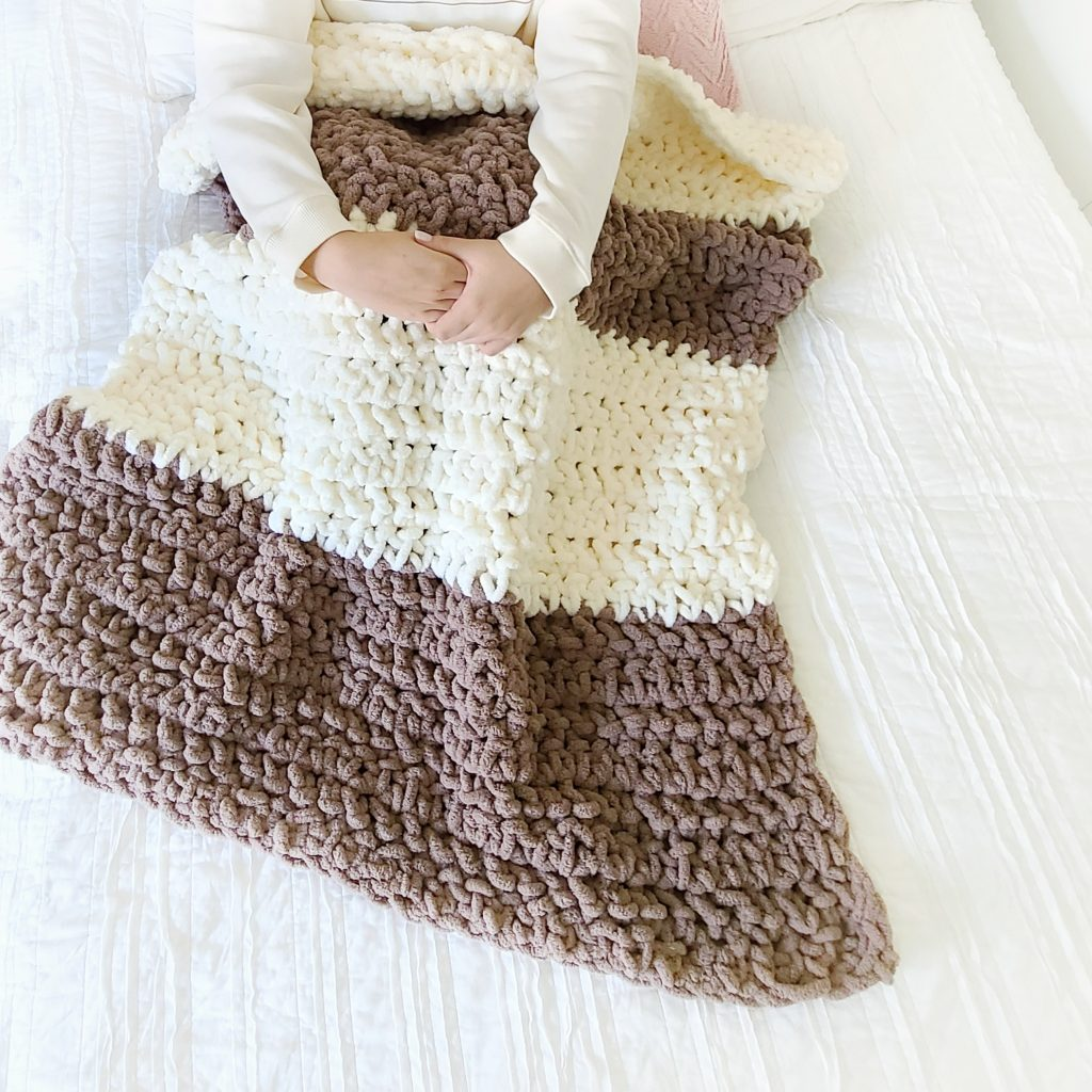 free chunky yarn crochet blanket pattern bernat