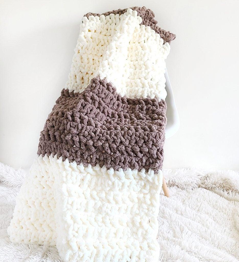 Jumbo #7 yarn crochet blanket
